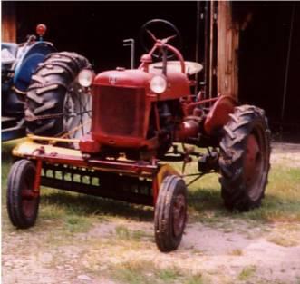 Farmall Cub 1947 Tractor