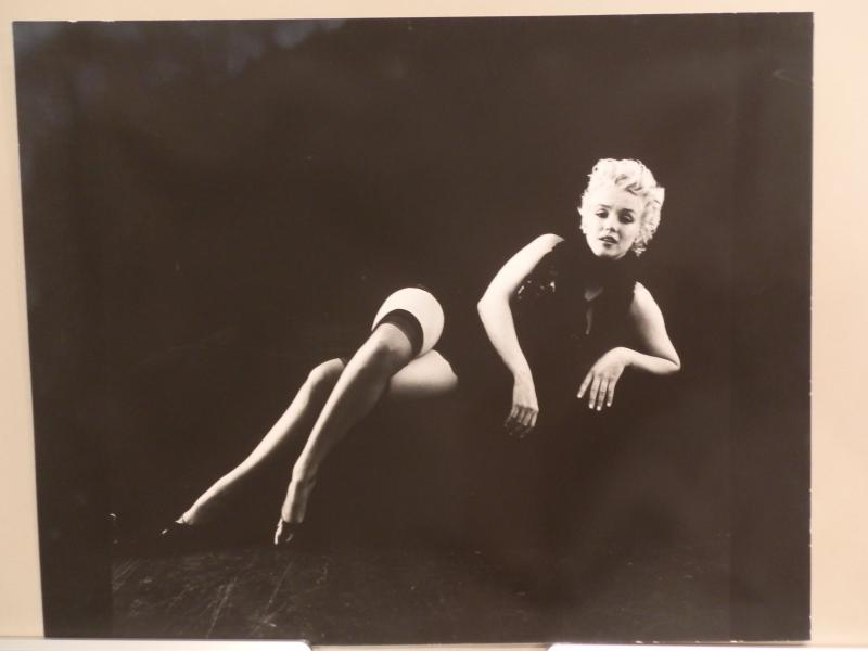 Marilyn Monroe The Black Sitting 1953 Photograph #2